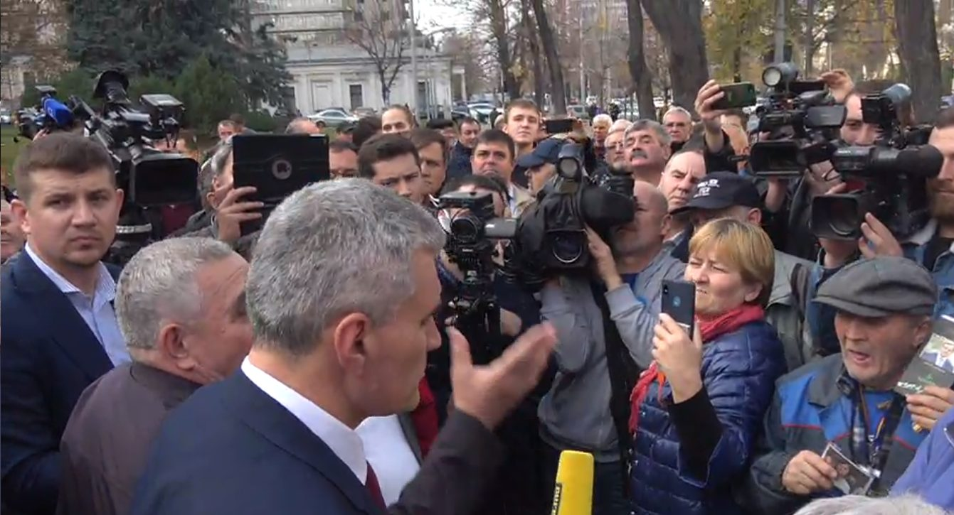 LIVE | Miting de susținere a Guvernului condus de Prim-ministrul Maia Sandu în fața Parlamentului