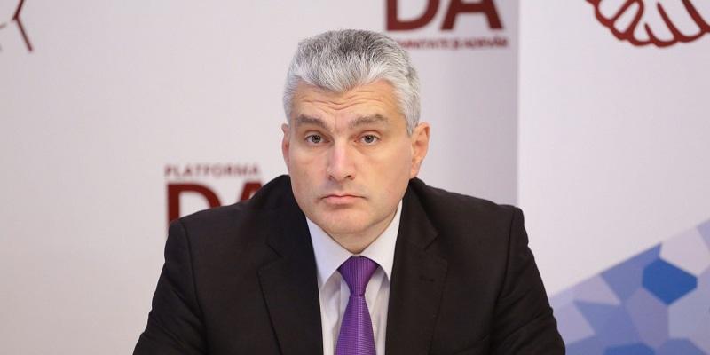 Fracțiunile DA și PAS decid acum dacă Blocul va merge la consultări cu Igor Dodon