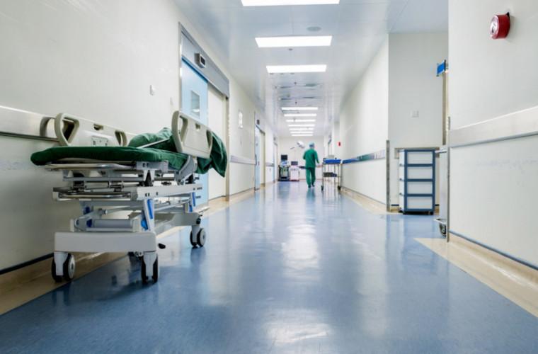 Cadavrul unui bărbat, găsit în apropierea Spitalului raional Florești