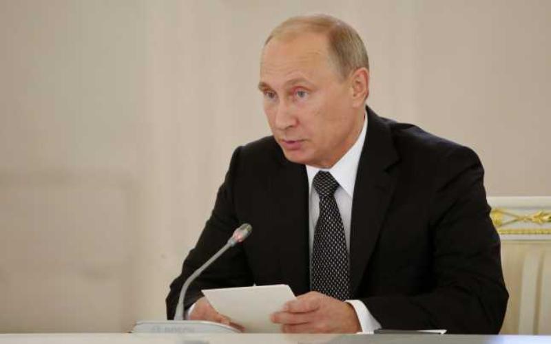 Rusia interzice vânzarea de smartphone-uri fără aplicaţii ruseşti preinstalate