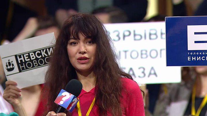 O jurnalistă din Rusia a rămas fără loc de muncă după ce i-a pus o întrebare lui Vladimir Putin
