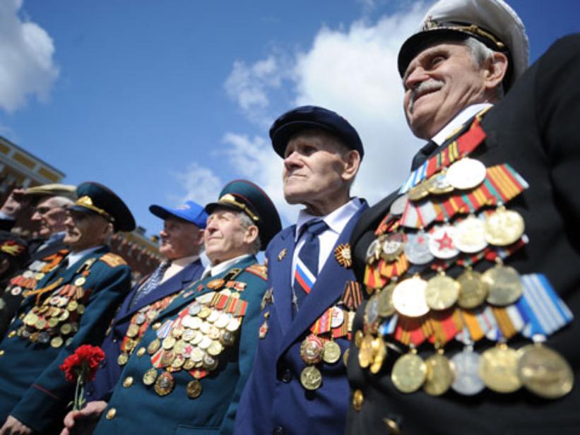 Mai mulți bani pentru veteranii de război. Cu cât vor crește alocațiile