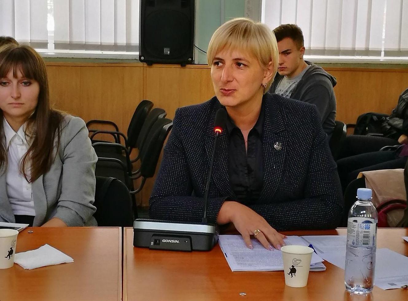 Lidia Pădureac // Angajații Consulatului General al României în Bălți își fac bine datoria