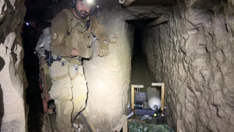 FOTO | Cum arată cel mai lung tunel folosit de traficanţi, descoperit de-a lungul graniței de sud – vest a SUA