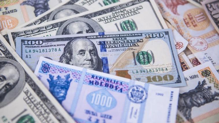 Au crescut transferurile de valută din străinătate