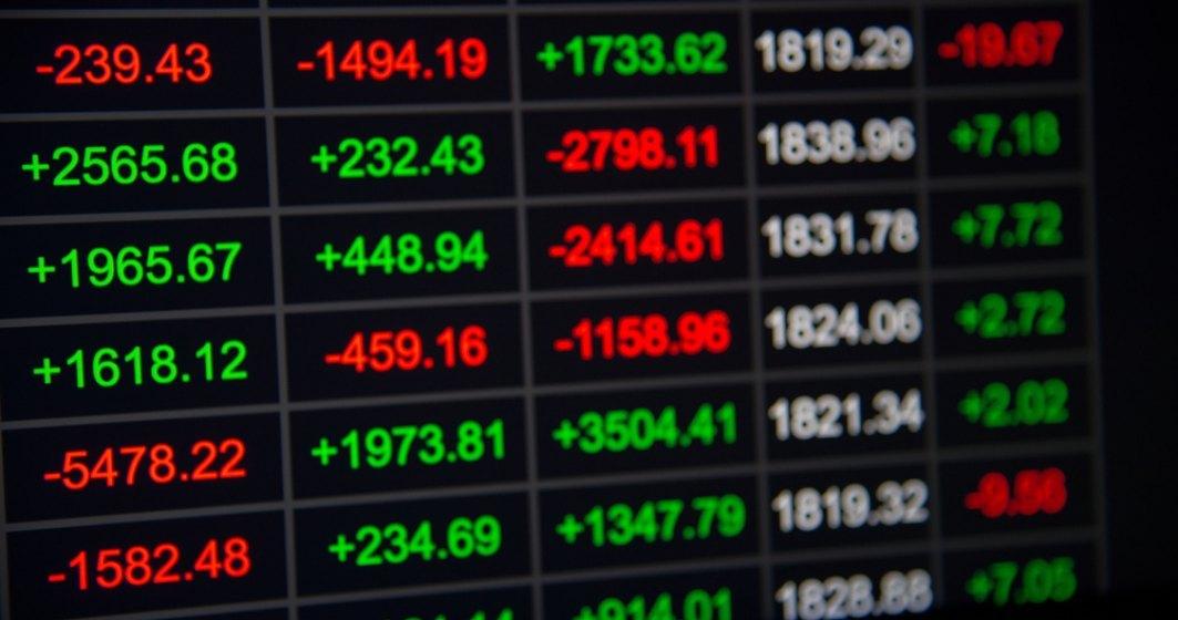 Wall Street a înregistrat luni cel mai amplu declin din ultimii doi ani din cauza epidemiei de coronavirus
