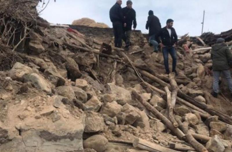 Opt morți și peste o mie de clădiri prăbușite în urma unui cutremur care a zguduit Turcia