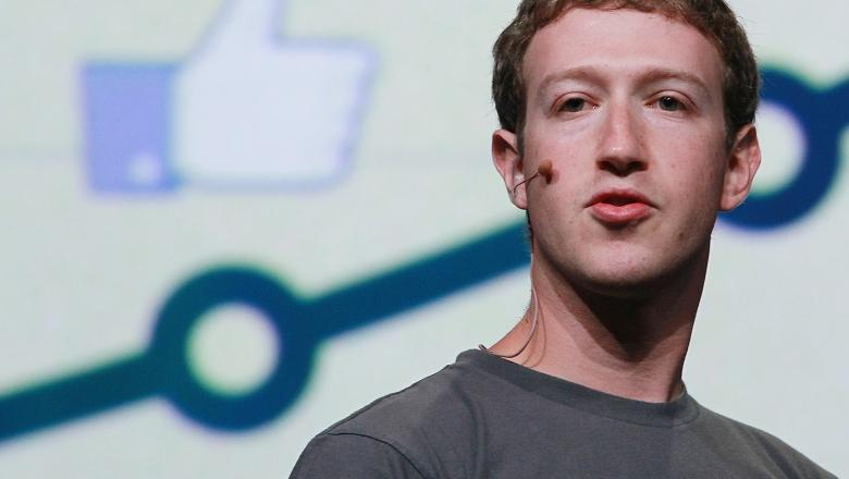 George Soros cere îndepărtarea lui Mark Zuckerberg de la conducerea Facebook