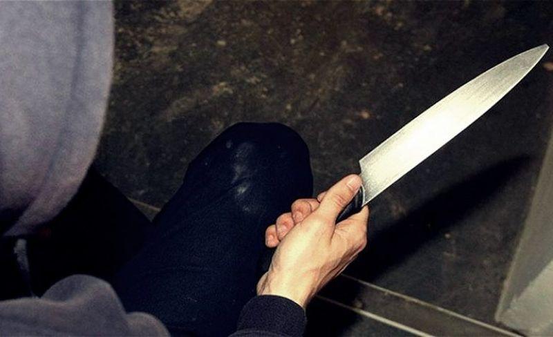 Doi soți din Glodeni, amenințați și loviți cu cuțitul de nepotul lor de 26 de ani