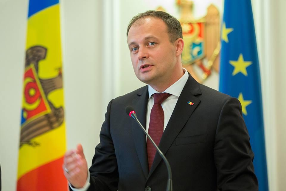 Candu nu-l acceptă pe Nichiforciuc în proiectul său: Este supraveghetorul coaliției PD – PSRM