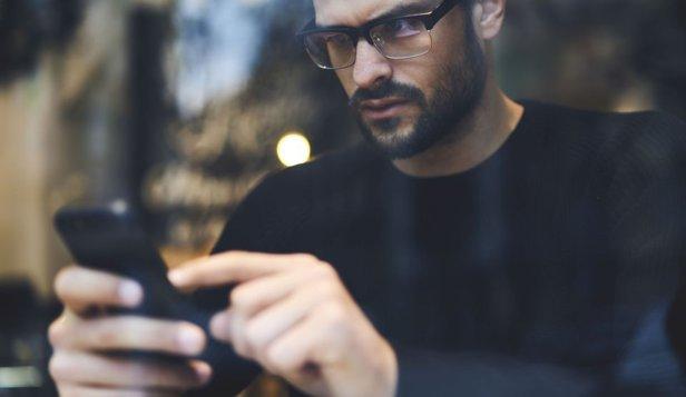 Reguli stranii pentru smartphone-urile de pe piaţa rusească