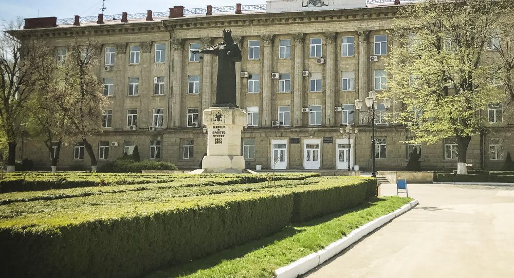 Восемь новых случаев подозрения заражения коронавирусом в Бельцах и соседних районах