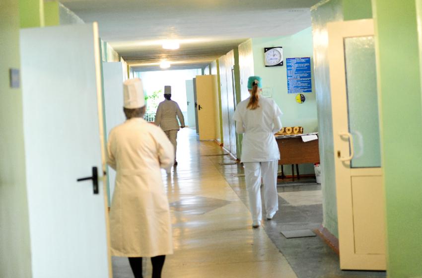 Людей с симптомами ОРВИ в больницах будут принимать без полиса медицинского страхования