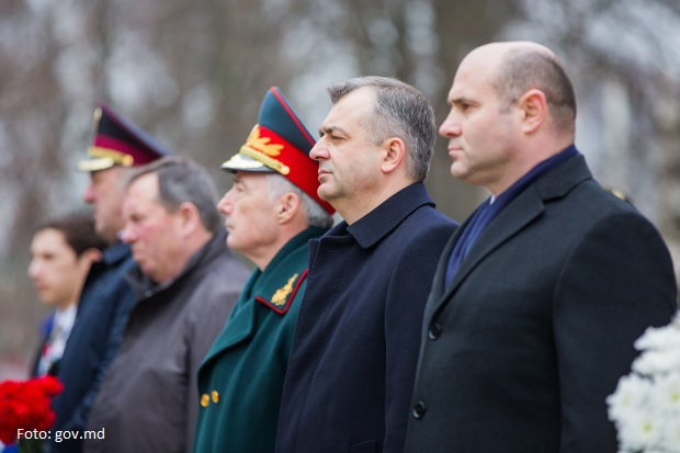 Generalul Anton Gămurari, fost candidat al Blocului ACUM la funcția de deputat, numit consilier al premierului Ion Chicu. Gest indecent în adresa veteranilor din PMAN (VIDEO)