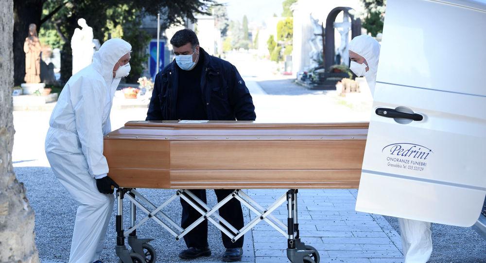 SUA au raportat 1.568 de decese în 24 de ore