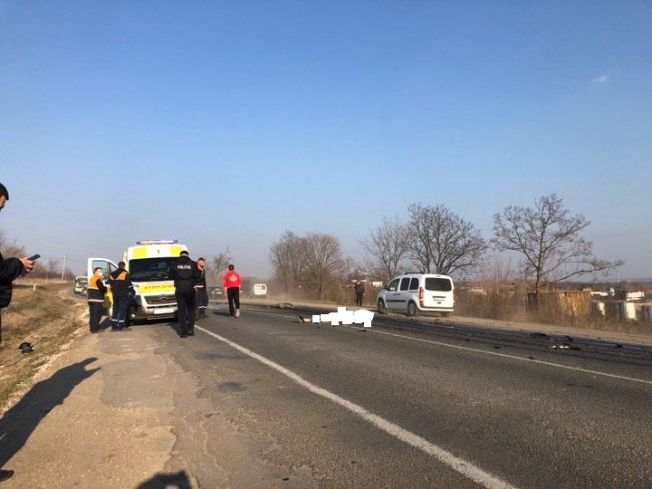 VIDEO   Detalii despre dubla tragedie de la Bălți. Un motociclist și pasagera lui au murit pe loc