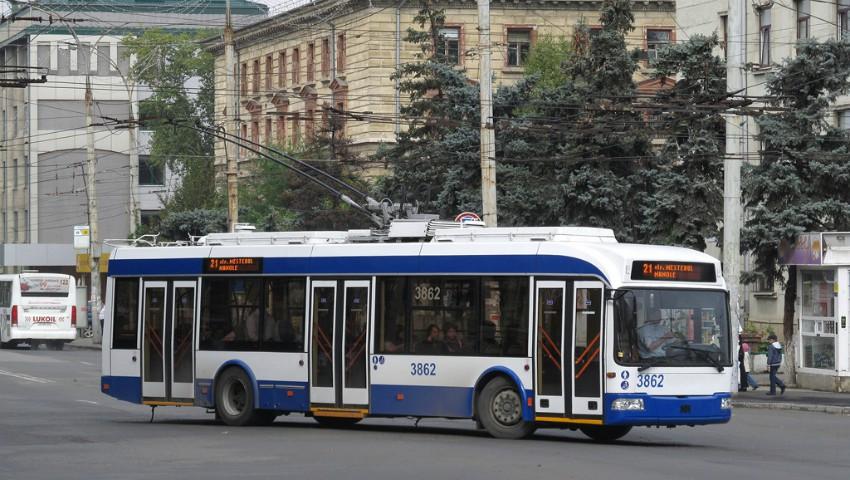 Transport public gratuit și fără taxatori la Chișinău și Bălți timp de două săptămâni