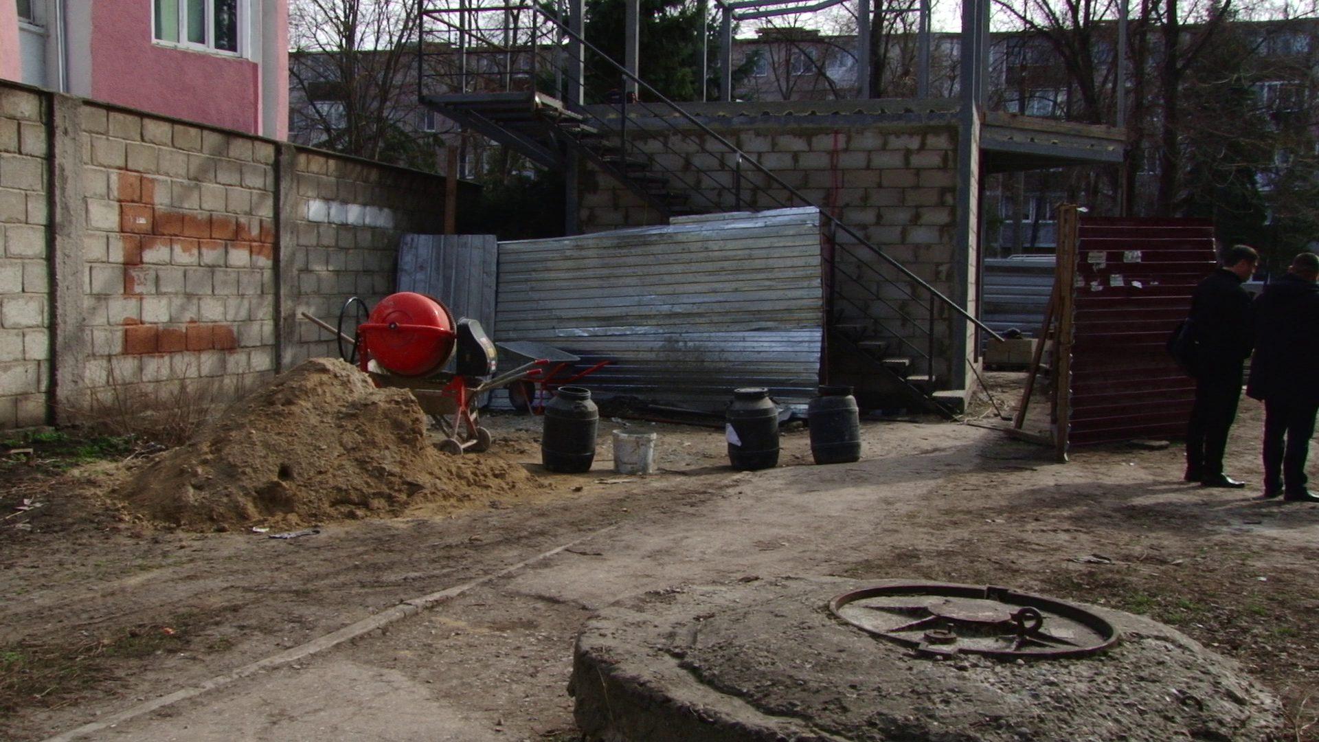 VIDEO | Primarului de Bălți i s-a dat pe gust demolarea construcțiilor ilegale din oraș