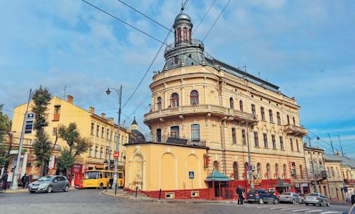 Sancțiuni dure pentru locuitorii orașului Cernăuți care își scot copiii la plimbare, pe timp de pandemie
