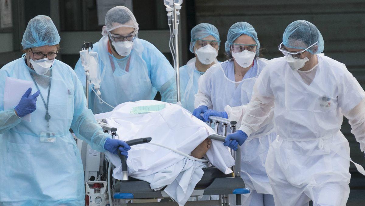 Starea de sănătate a moldovenilor infectați cu coronavirus se înrăutățește. 65 de pacienți sunt în stare gravă
