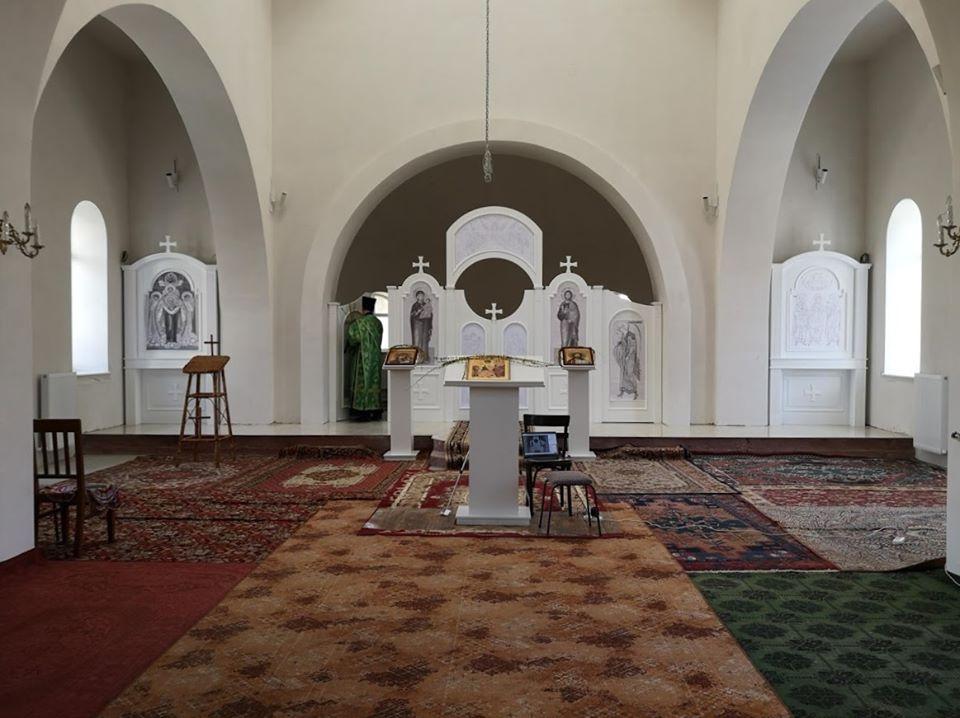 Regulile pe care trebuie să le respecte slujitorii și enoriașii la redeschiderea bisericilor