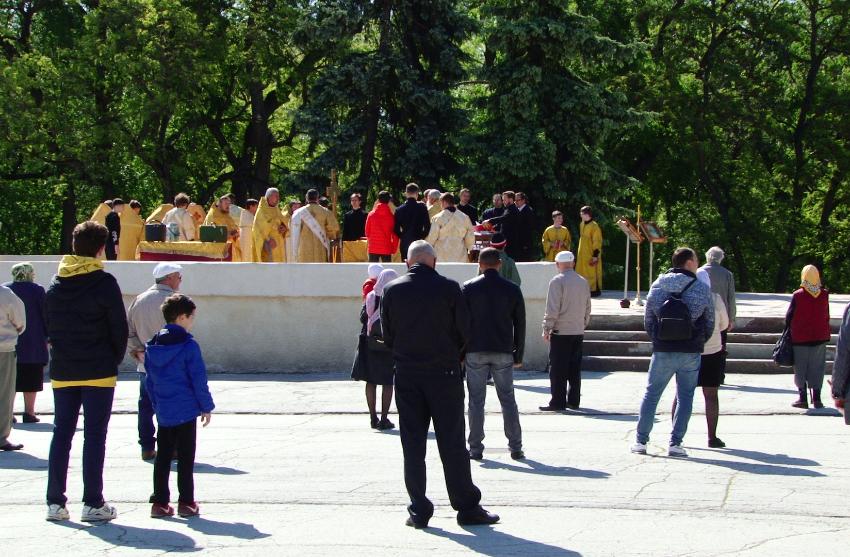 ВИДЕО   Празднование дня города Бельц перенесли 27 августа. Сегодня состоялась лишь литургия