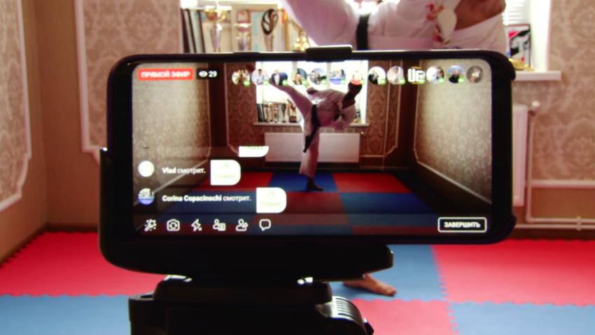ВИДЕО | Каратэ в режиме онлайн. Как бельцкие спортсмены тренируются, не выходя из дома