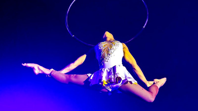 O artistă de circ a murit în timp ce făcea acrobații la trapez