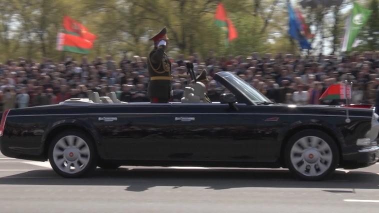 VIDEO | În plină pandemie, mii de persoane au participat la parada militară din Belarus