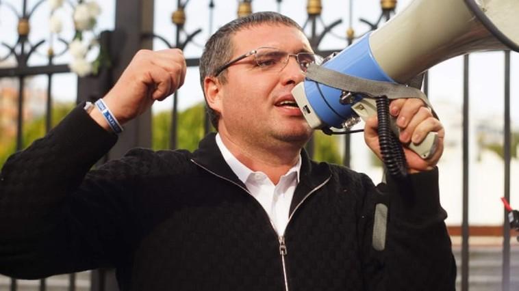Usatîi: Dacă tot Dodon a permis slujbele, vom merge cu cetățenii la slujbă în fața Președinției