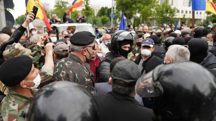 Protestul veteranilor: manifestanții susțin că ar vrea să formeze un partid din oameni care respectă legile