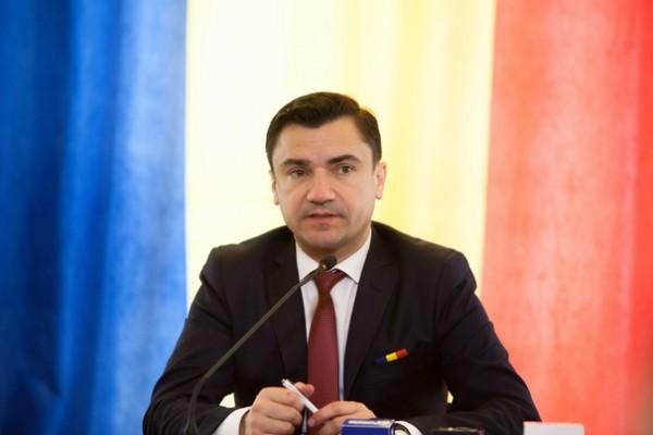 Primarul de Iași, către premierul R. Moldova: Cum poți să te superi pe un repetent la istorie că ia note mici?