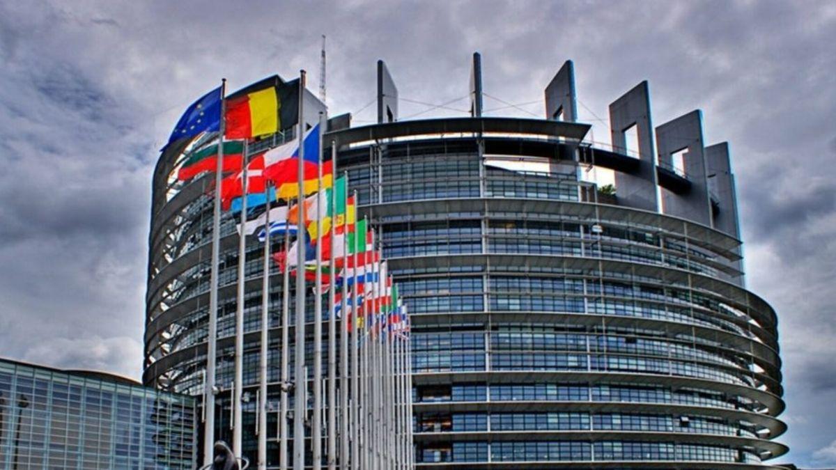 Parlamentul European aprobă ajutorul de 100 de milioane de euro pentru Republica Moldova
