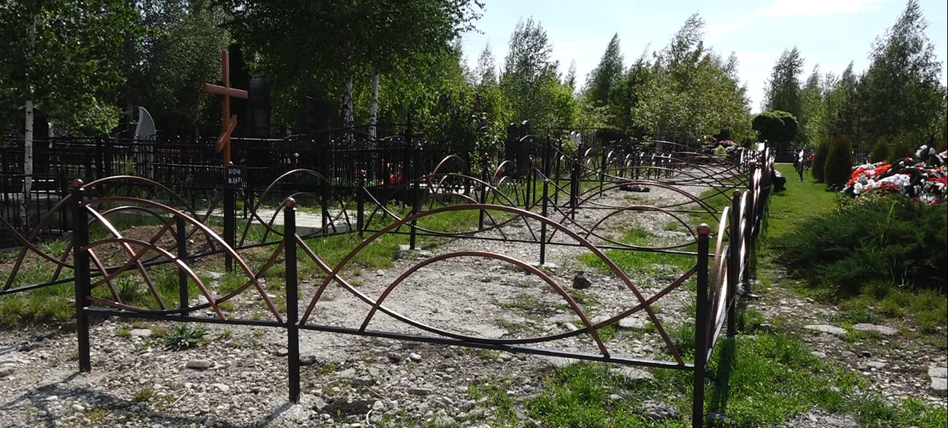 ВИДЕО | Одну из дорог на территории бельцкого кладбища, превратили в места для могил