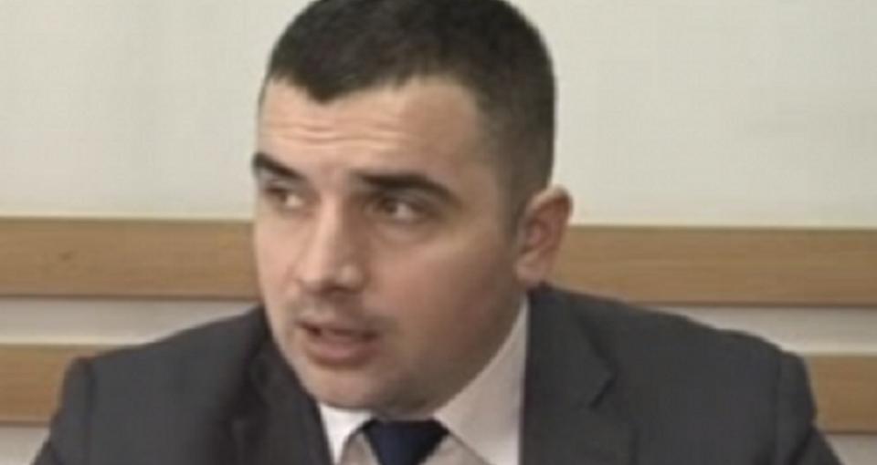 Fostul procuror anticorupție, Roman Statnîi, invinuit de escrocherie în proporții deosebit de mari, rămâne în arest preventiv