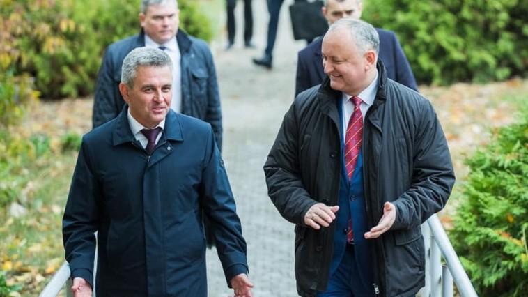 Dodon planifică o nouă întrevedere cu liderul separatist de la Tiraspol, Krasnoselski