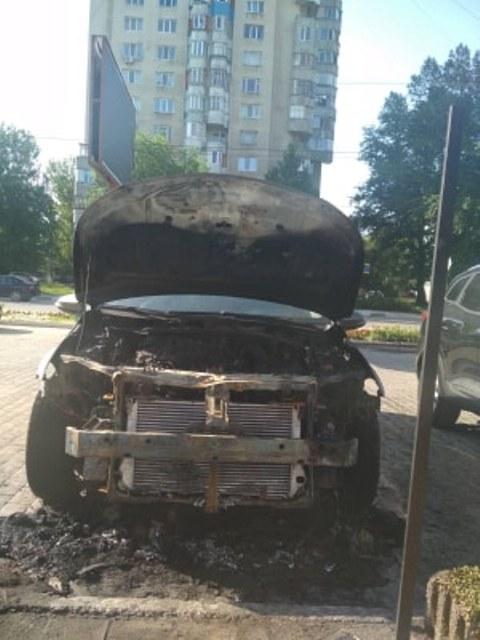 Poliția a reținut făptașul care a incediat un automobil și un magazin din Bălți