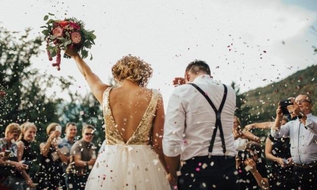 """""""Chiar ieri am înaintat propunerea"""". Ministrul Sănătății a spus ce se va întâmpla cu nunțile și cumetriile"""