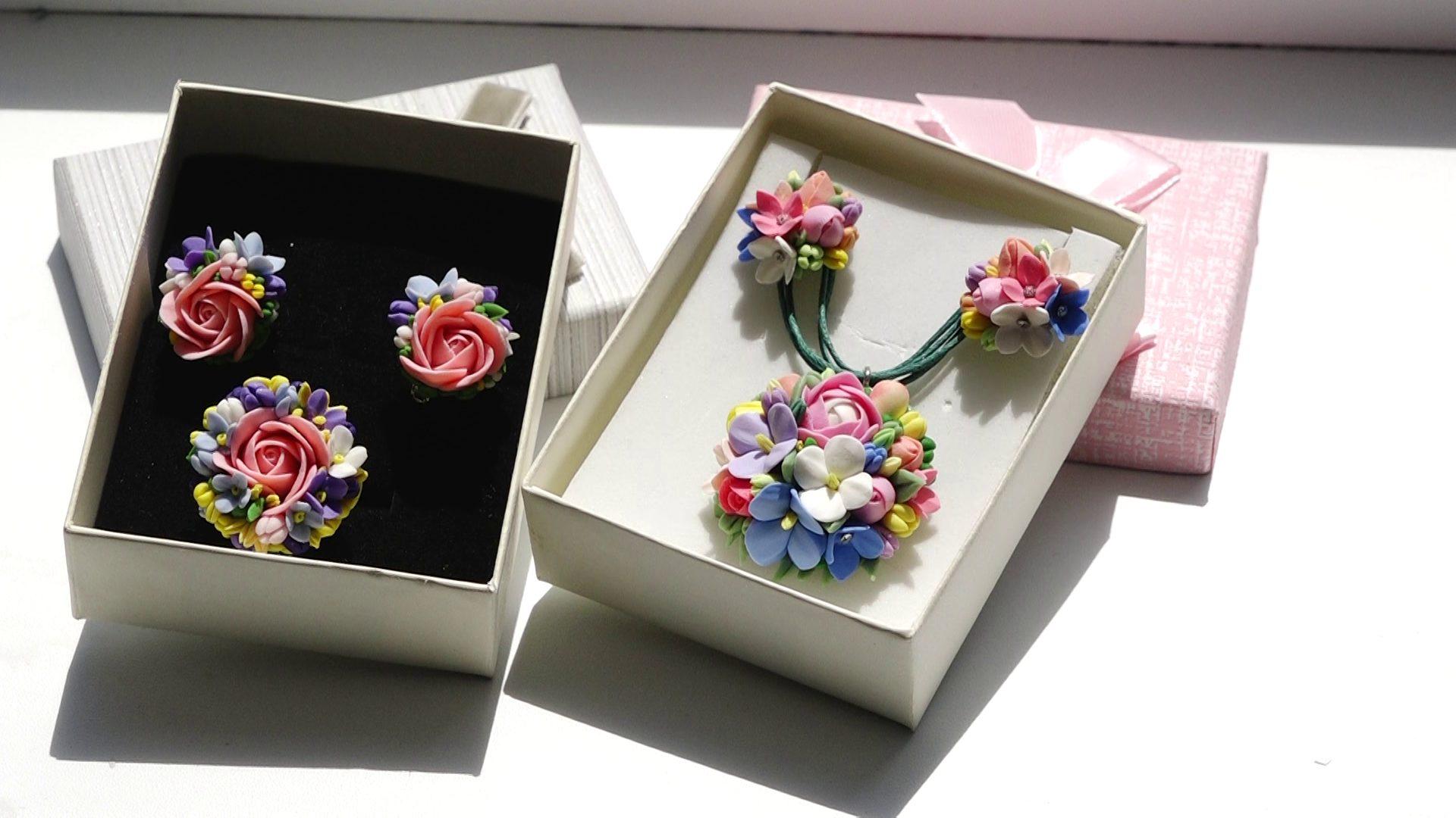 ВИДЕО   Цветочные украшения, созданные в Бельцах, пользуются спросом и за границей