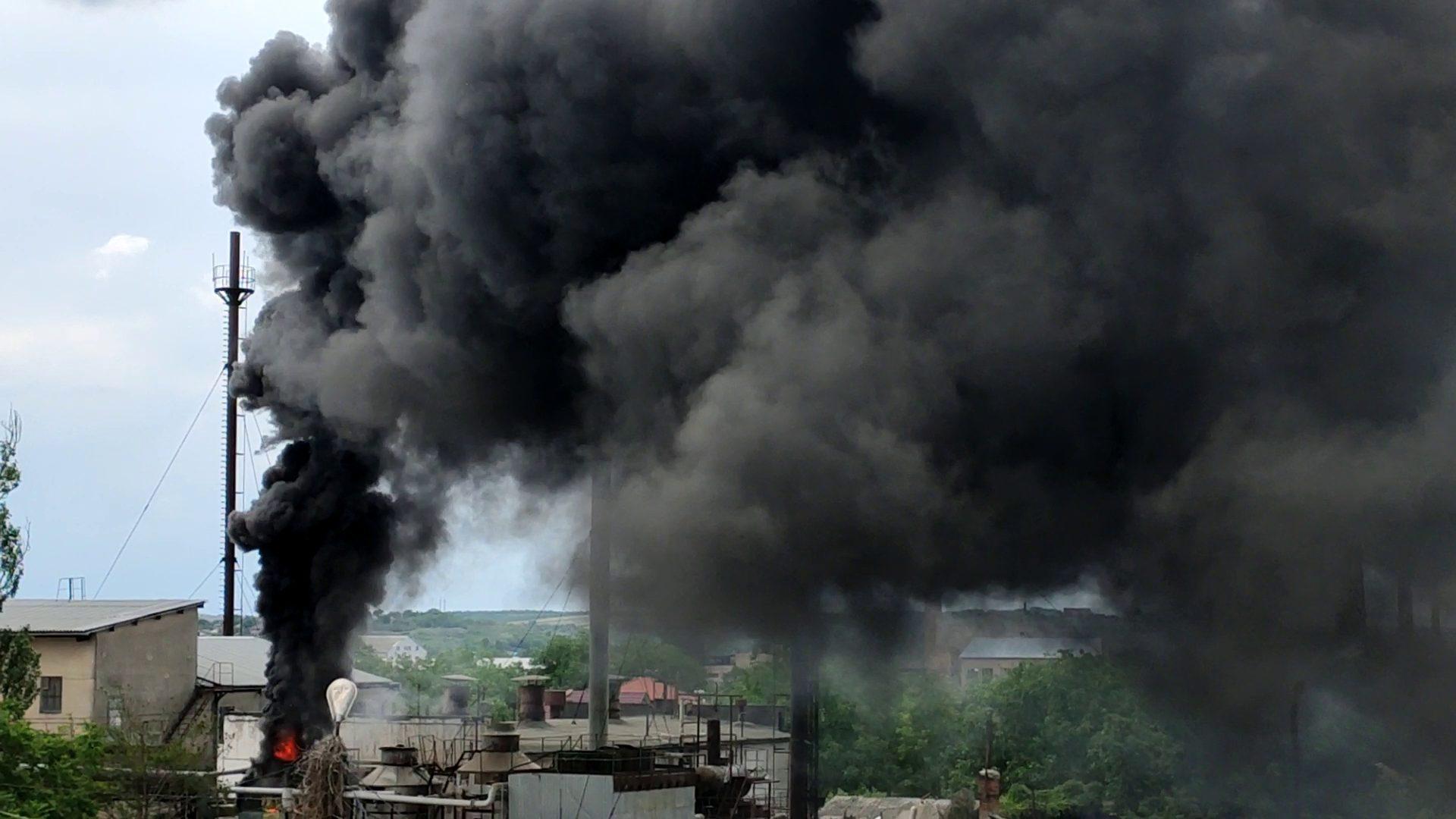 ВИДЕО   На территории хлебкомбината в Бельцах был пожар