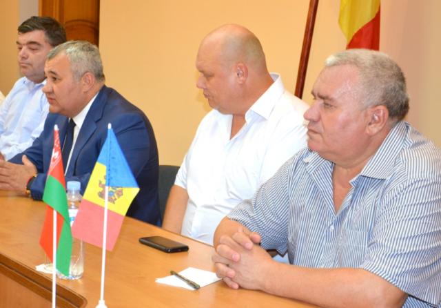 Salariile finilor viceprimarului de Bălți, Nicolai Grigorișin, au crescut ca pe drojdii