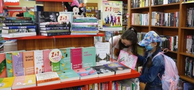 VIDEO | Covid-19 mai scade din pofta de a cumpăra și citi cărți