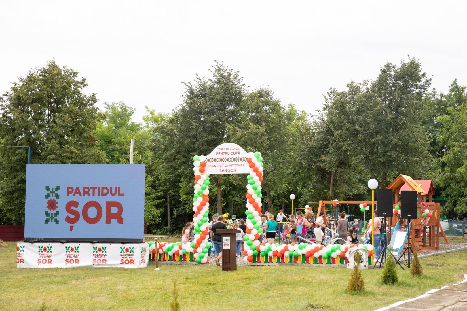 Partidul ȘOR construiește în sate terenuri de joacă pentru copii: al doilea dat în exploatare într-o săptămână