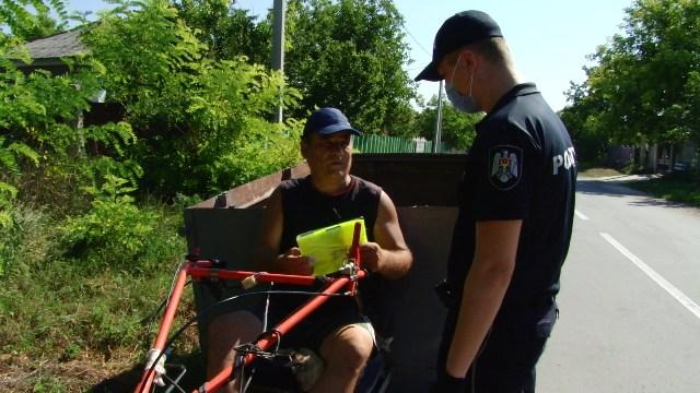 VIDEO | Polițiștii din Bălți, cu ochii pe căruțași și proprietarii de motocultoare