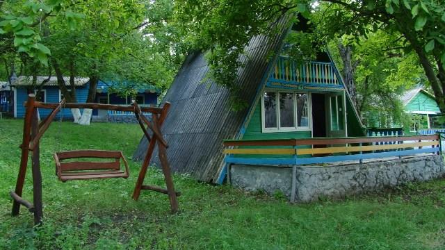 ВИДЕО | «Хотим в лагерь!» Единственный детский лагерь в Глодянском районе рискует закрыться навсегда
