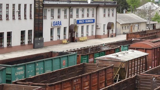 VIDEO | În semn de protest, la Bălți nu mai mișcă nici un tren